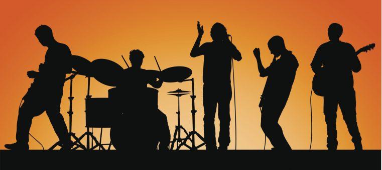 12月7日、脳しゅようで5日に死去していたことが発表された、音楽ユニット「L⇔R」のボーカルを務めていた人物は誰でしょう?