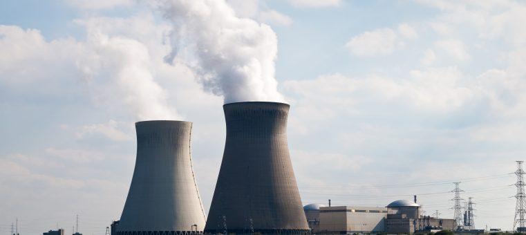 12月21日、廃炉にすることが正式に決定された、福井県敦賀市にある日本原子力研究開発機構の高速増殖原型炉は何でしょう?