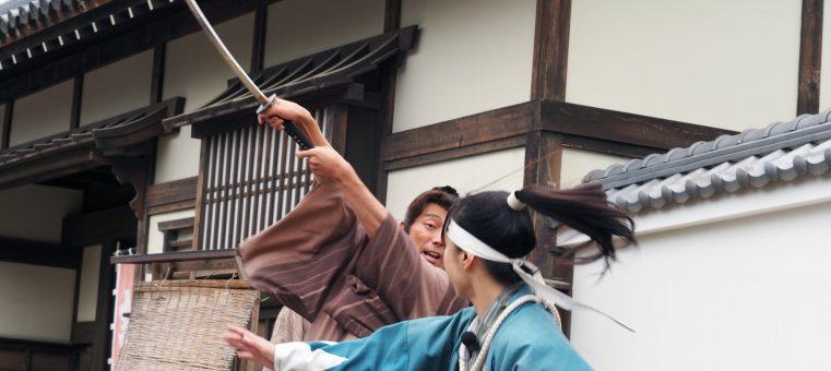 12月14日は、『忠臣蔵』のエピソードの元となった赤穂浪士が吉良義央邸に討ち入りを行った日ですが、この時のエピソードとして間違っているのはどれ?